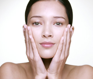 "Night Revitalizing Anti-Ageing Cream ""All Skin Types"" video"